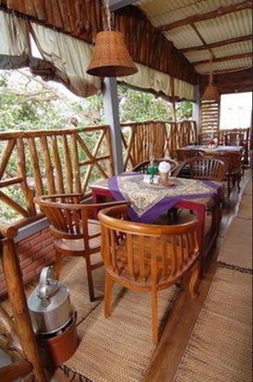 Kampoeng Djawa Guesthouse Yogyakarta - Dining