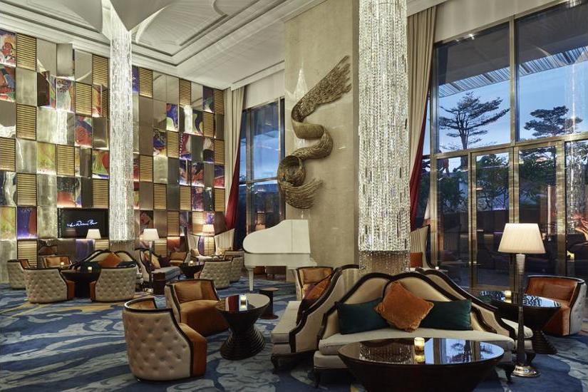 Raffles Hotel Jakarta - Hotel Lounge