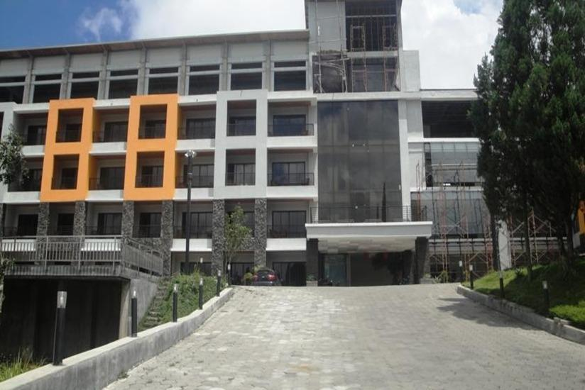 Hotel Grand Bintang Tawangmangu - Eksterior