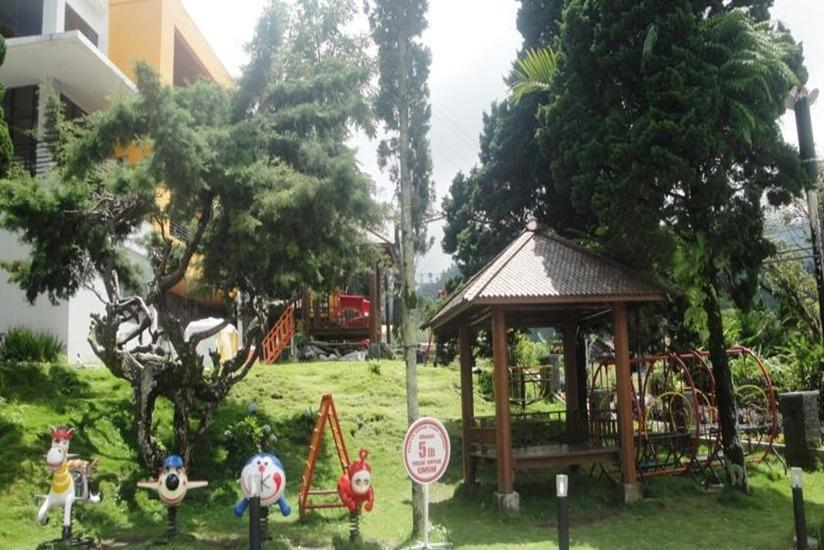 Hotel Grand Bintang Tawangmangu - Taman