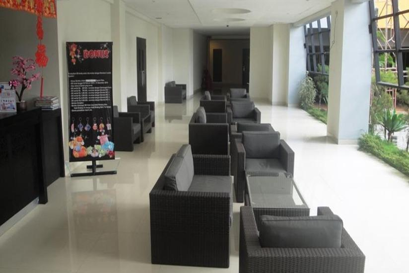 Hotel Grand Bintang Tawangmangu - Teras