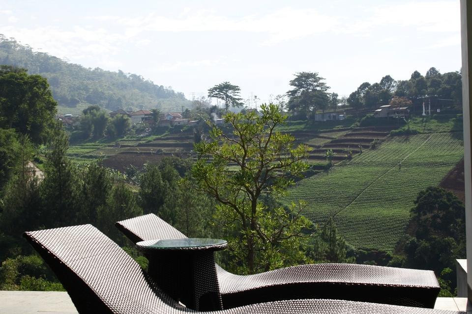 4 BR Pool Villa Dago, Mountain Views Bandung - Pemandangan