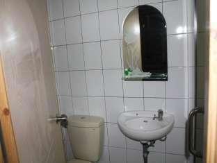 Mine Home Hotel Bandung - Kamar mandi