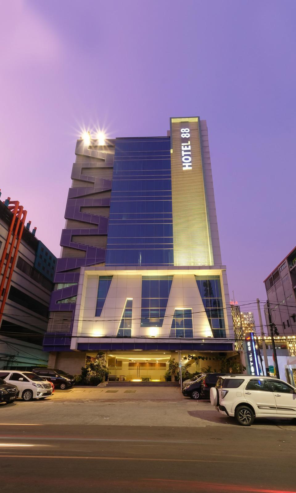 Hotel 88 Mangga Besar 62 - Gedung Luar