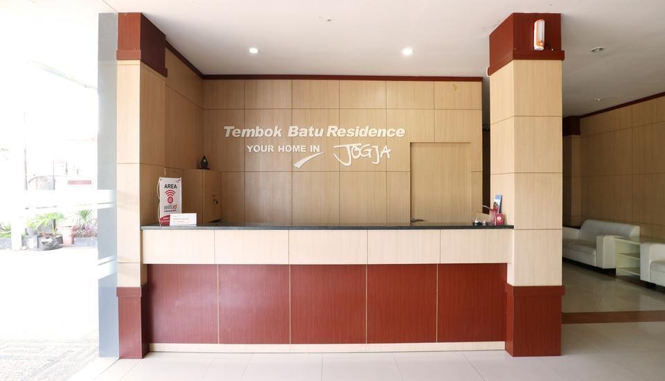 Tembok Batu Residence Yogyakarta - front desk 2