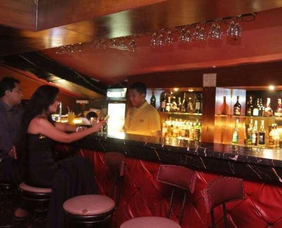 Hotel Kaisar Jakarta - Bar