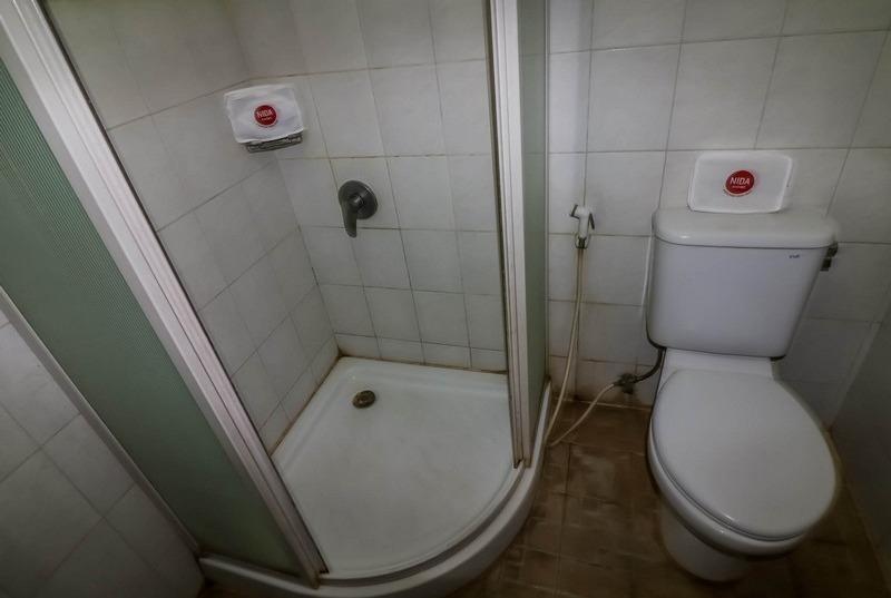 NIDA Rooms Lawang Sewu Semarang - Kamar mandi