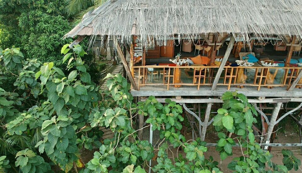 Karang Aji Beach Villa Sukabumi - Restoran