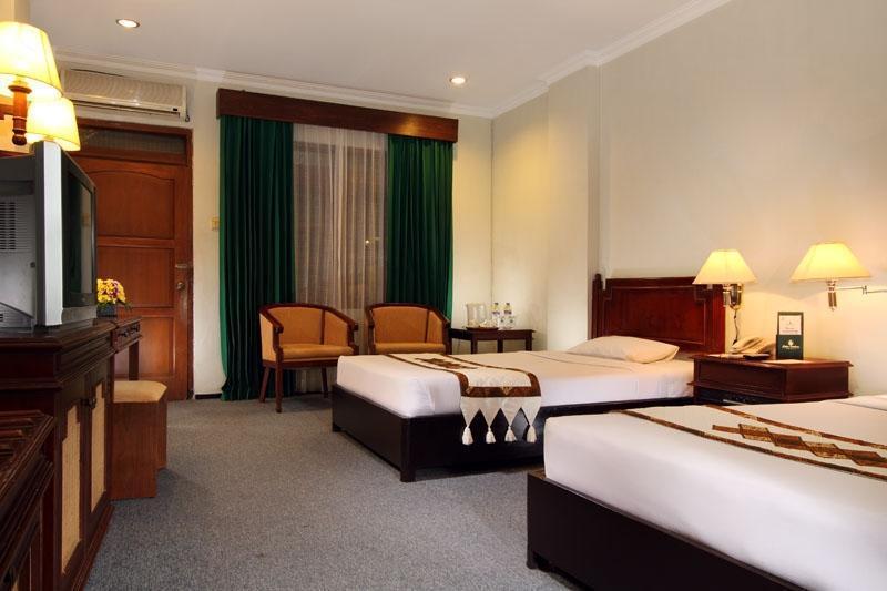 Cakra Kembang Hotel Yogyakarta - Kamar Tamu