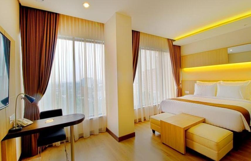 Hotel Dafam Teraskita Jakarta - Kamar Junior Suite