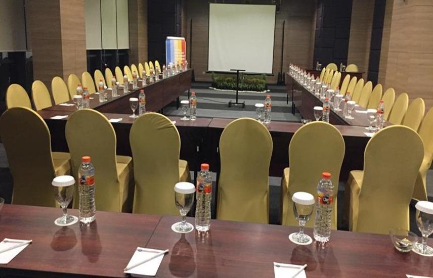 Hotel Dafam Teraskita Jakarta - Ruang Rapat