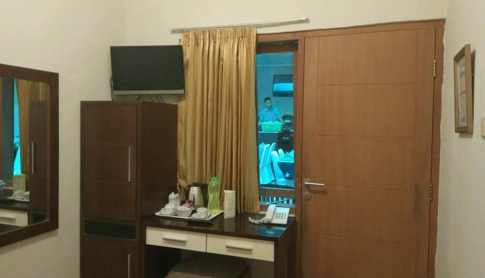 Hotel Wisata Baru Serang - Standard Room Regular Plan