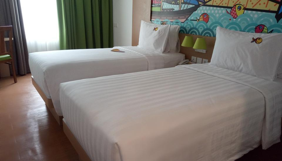 MaxOneHotels at Resort Delia Makassar - Love Room With Breakfast Regular Plan