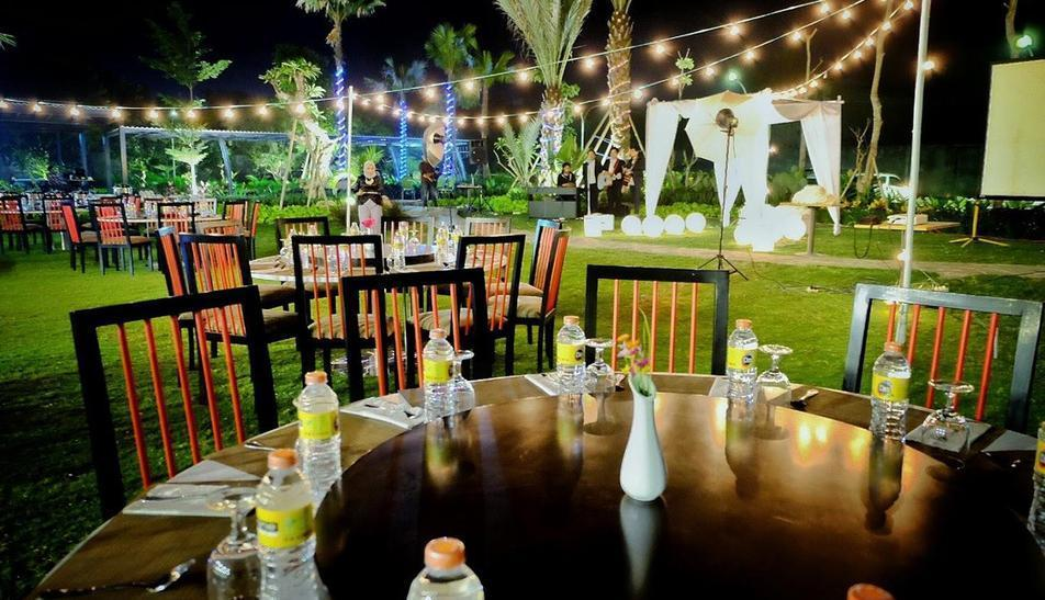 MaxOneHotels at Resort Delia Makassar - Garden Party