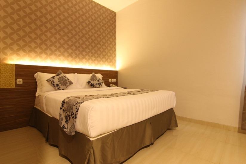 Grand Amira Hotel Solo - Deluxe Exclusive  Regular Plan