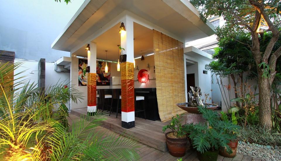 Gosyen Hotel Bali - Pool Bar