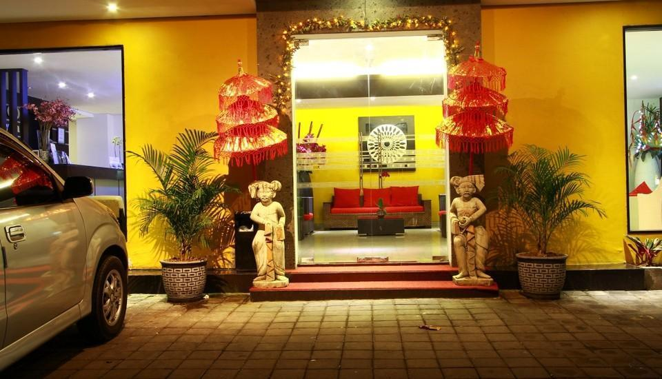 Gosyen Hotel Bali - Pintu Depan