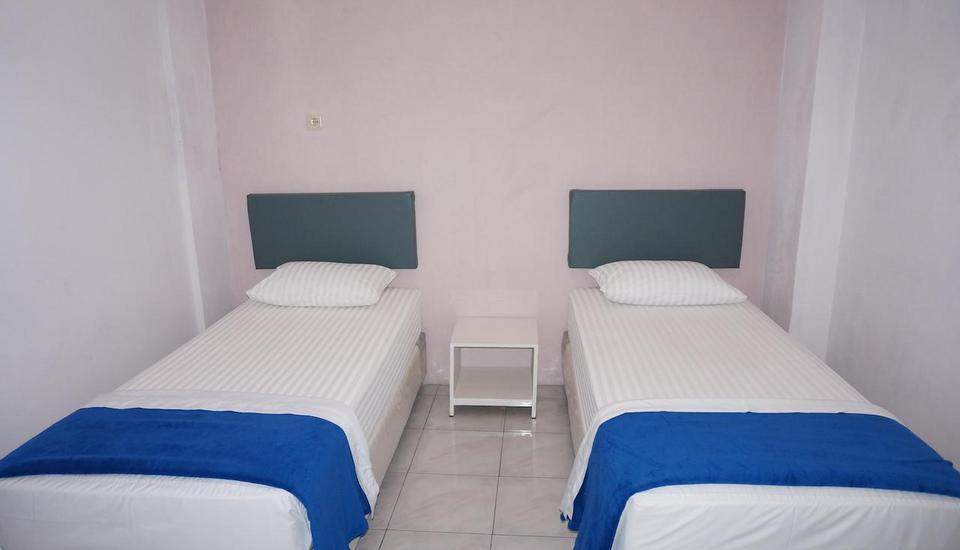 Hotel Griya Surya Solo - Twin Room Regular Plan