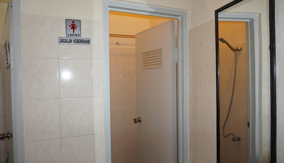 Hotel Griya Surya Solo - Kamar Mandi