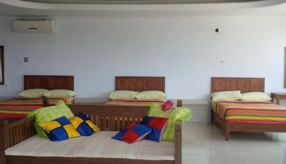 Holiday Beach Inn Pangandaran - Family Room Regular Plan
