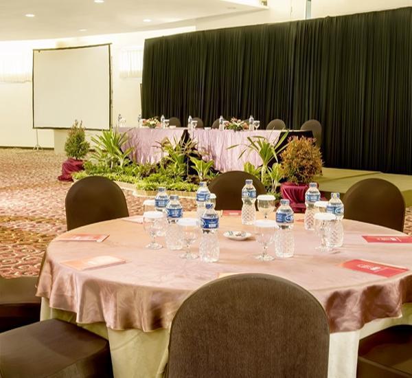 Marbella Hotel Dago Bandung - Ballroom
