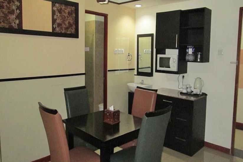 Marbella Hotel Dago Bandung - Ruang makan
