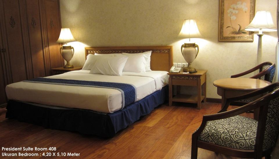 Grand Orchid Solo - Kamar President Suite