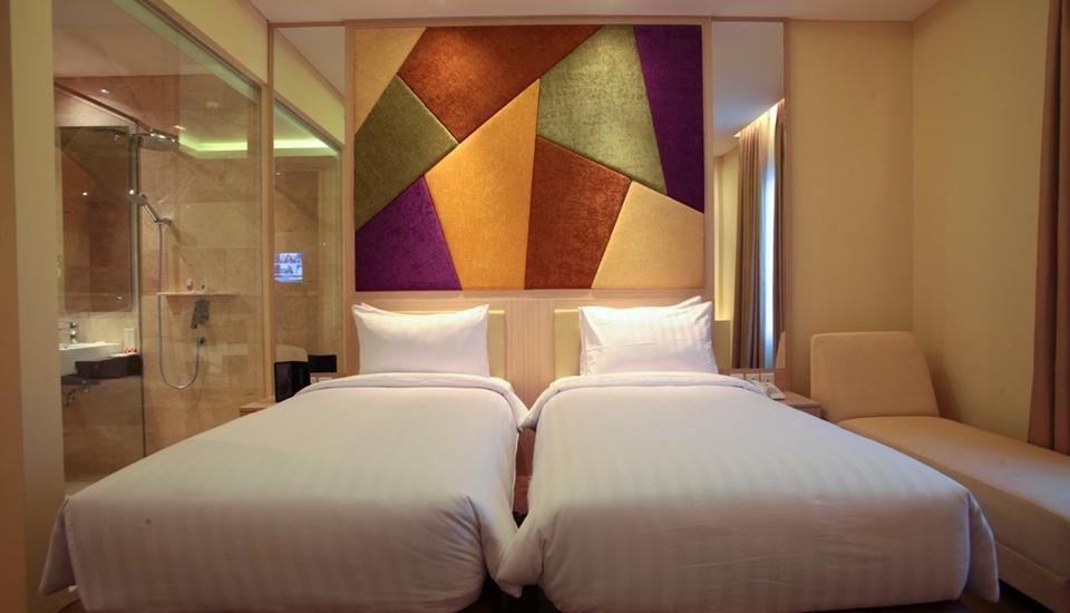 LA'RIZ Wthree Lagaligo Makassar - Superior Twin Room Only Regular Plan