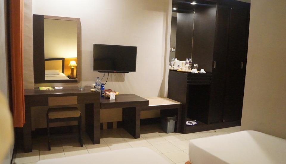 Hotel Surya Duri Bengkalis - Moderate Twin Room Only Regular Plan