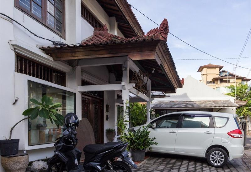 RedDoorz @Tuban Kuta Bali - Eksterior
