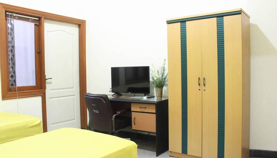 Graha Sekar Arum Syariah Surabaya - Executive Room Basic Deal 40%