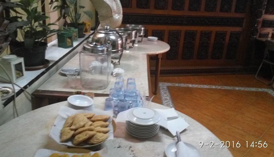 Hotel Lodaya Bandung - Food and beverage