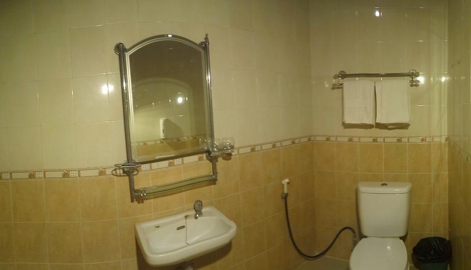 Hotel Lodaya Bandung - Kamar mandi