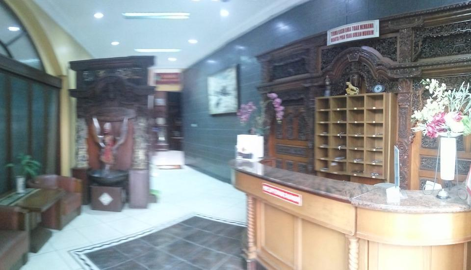 Hotel Lodaya Bandung - Resepsionis