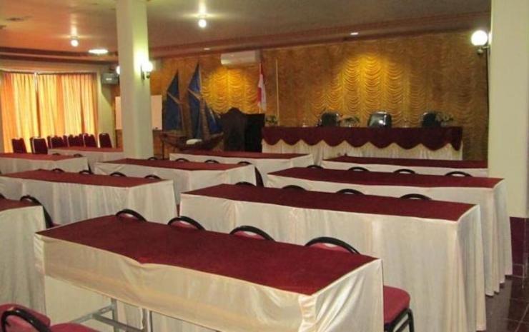 Hotel Istana Makassar Makassar - Meeting Room