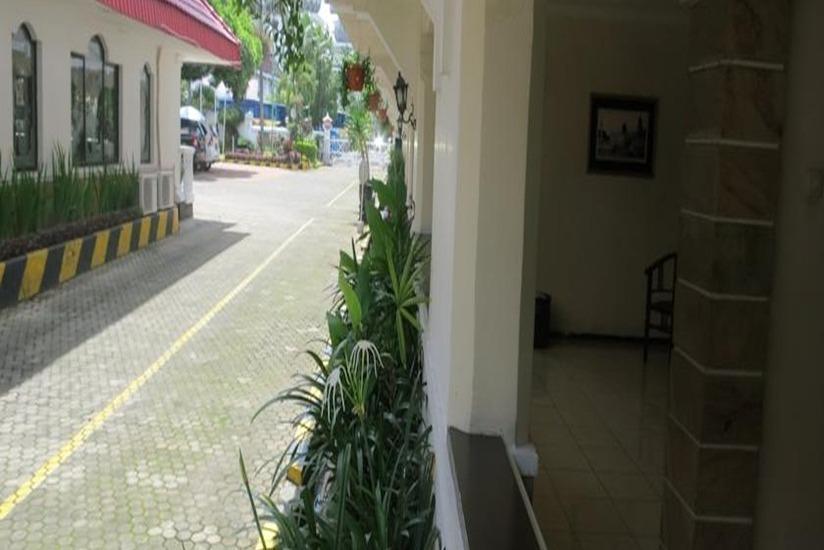 Hotel Pelangi Malang - Eksterior