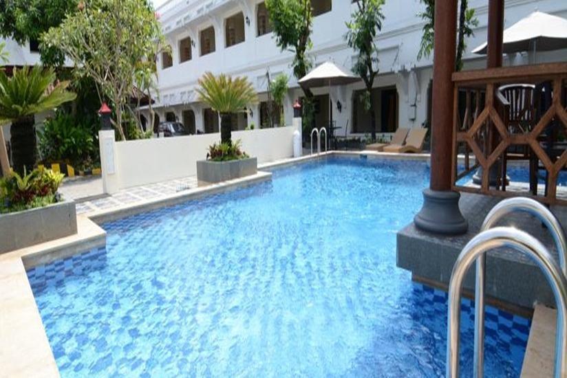 Hotel Pelangi Malang - Kolam Renang