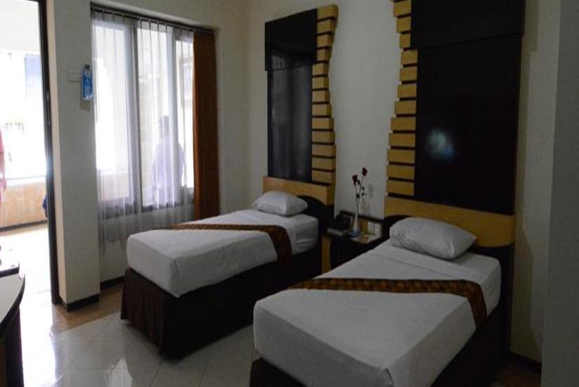 Hotel Pelangi Malang - Superior Room Regular Plan