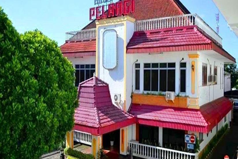 Hotel Pelangi Malang - Tampilan Luar Hotel