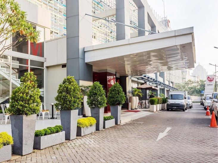 The BnB Jakarta Kelapa Gading - Hotel Building