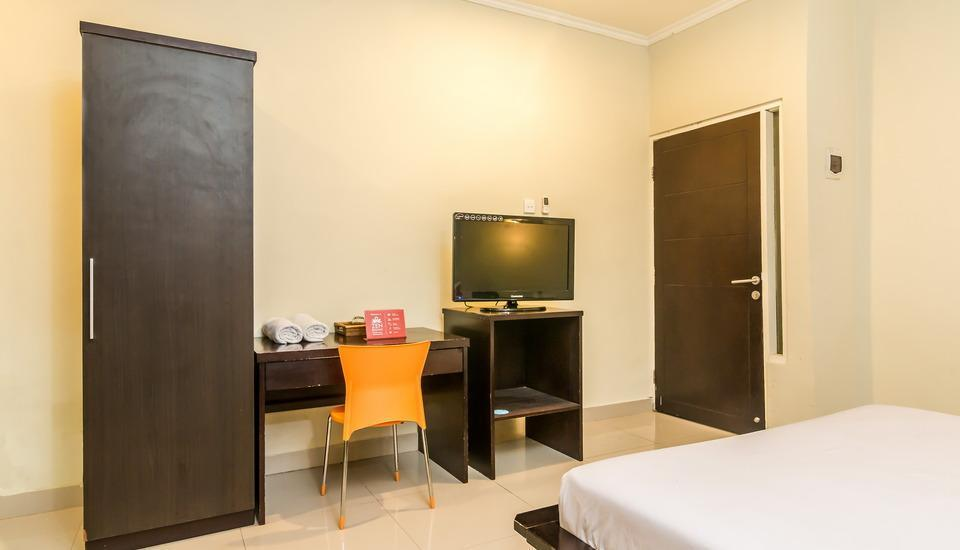 ZenRooms Kuta Centre Kartika Plaza Bali - Double Room Regular Plan