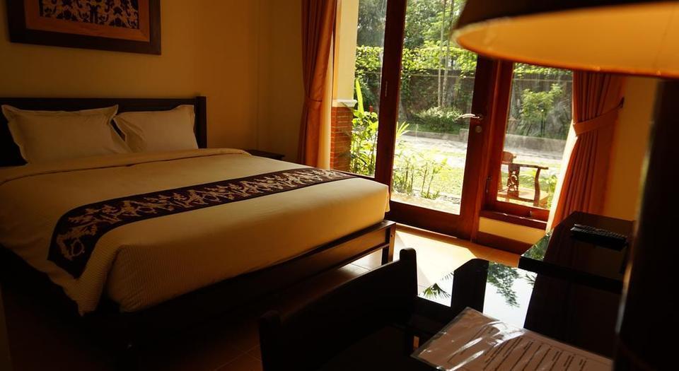 Sasono Putro Guest House Yogyakarta - Kamar