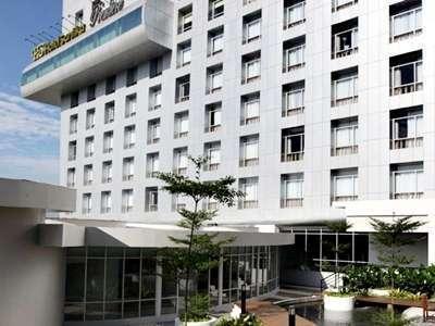 Hotel Santika Medan Medan - Exterior