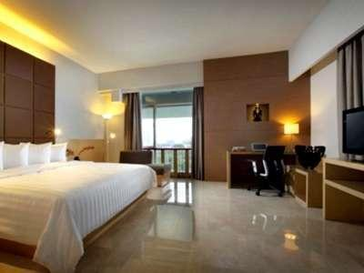 Hotel Santika Medan Medan - Premiere Room King Regular Plan