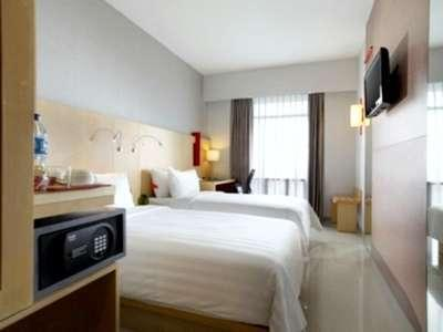 Hotel Santika Medan Medan - Superior Twin
