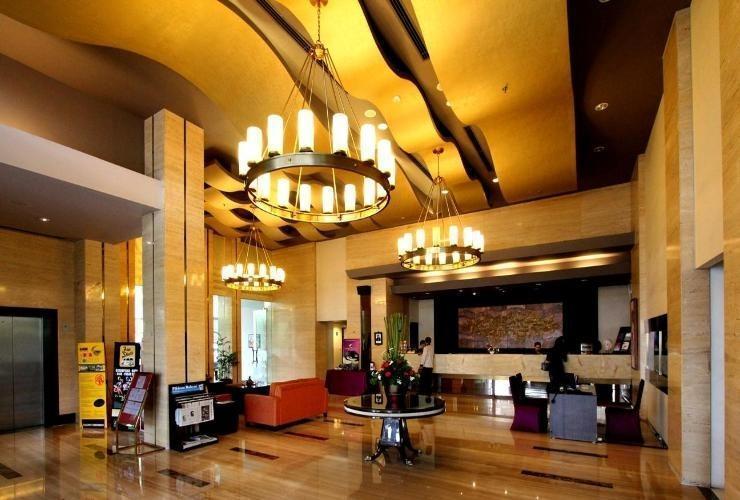 Grand Serela Setiabudhi - Lobby