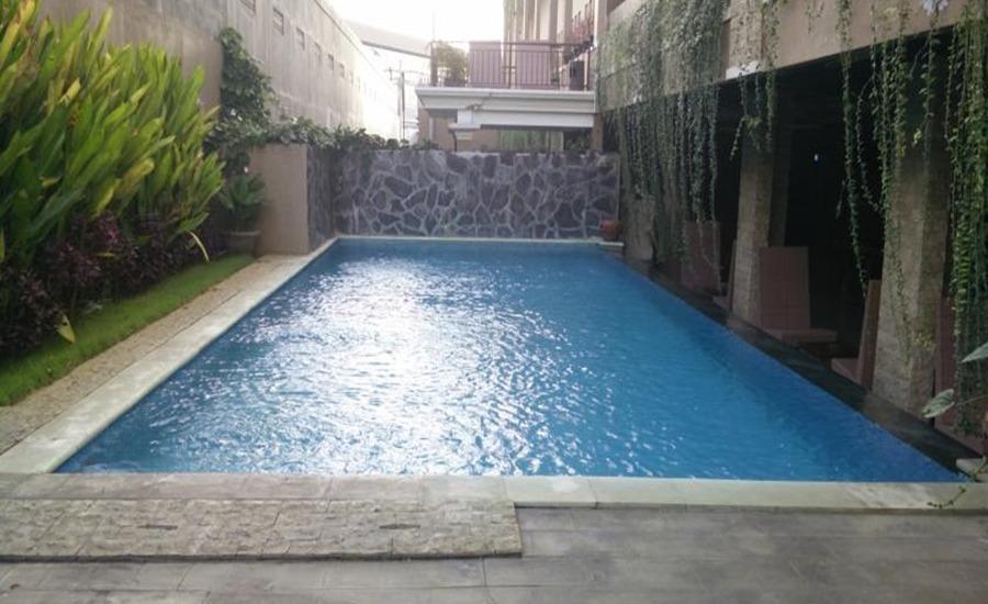 Koi Hotel & Residence Bali - Kolam Renang