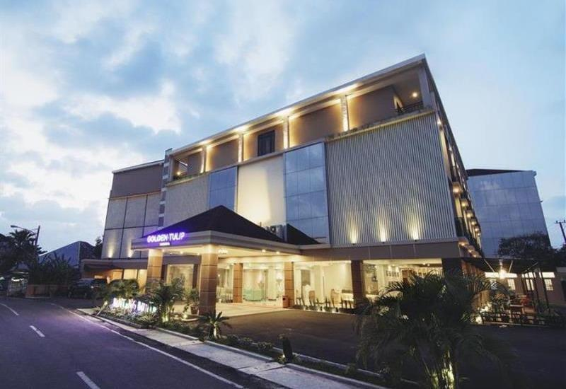Golden Tulip Essential Belitung - view
