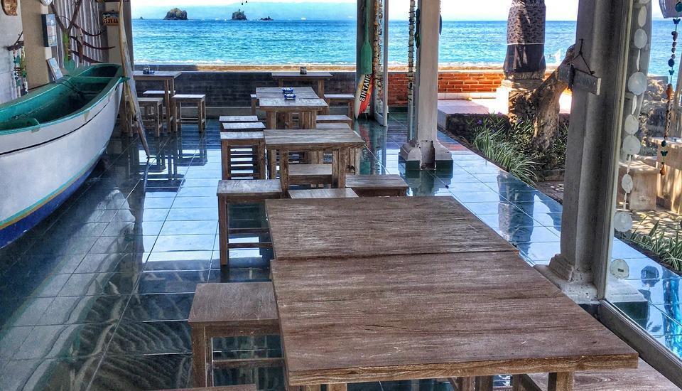 At The Beach Candidasa Bali - wave bar