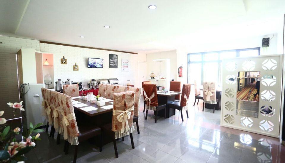Mangga Dua Hotel Makassar Makassar - Restaurant